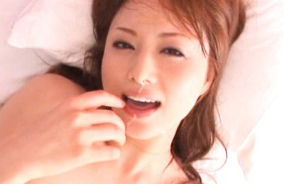 Japanese av model. Japanese gives a deep bj in close-up and swallows