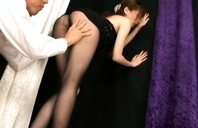 Ameri ichinose. Zingy Ameri Ichinose looks hot in pantyhose and black dress