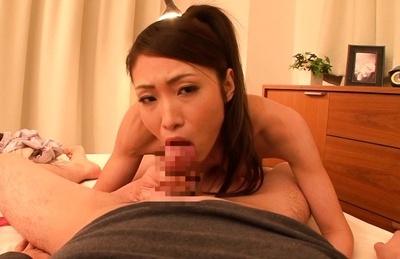 Amateur. Amateur Asian is naked and getting a licking